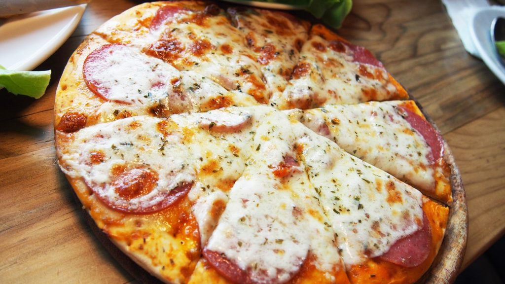 ジンジャーエールにはピザ!はっきりわかんだね!